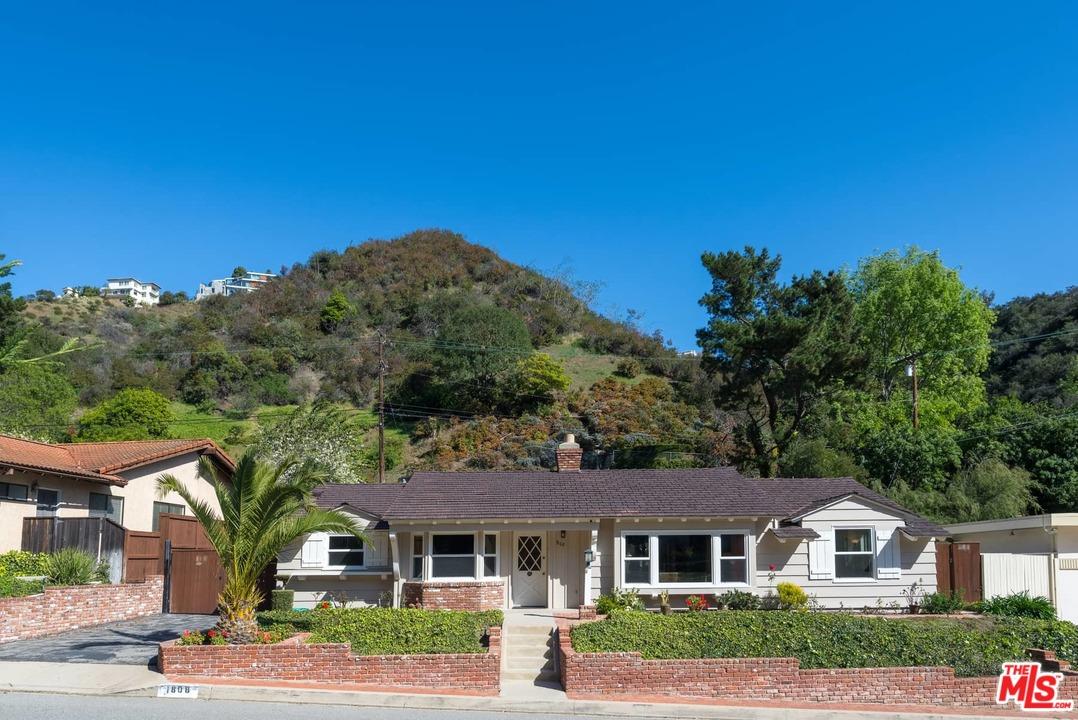 1808 RD ROSCOMARE, Beverly Glen, California