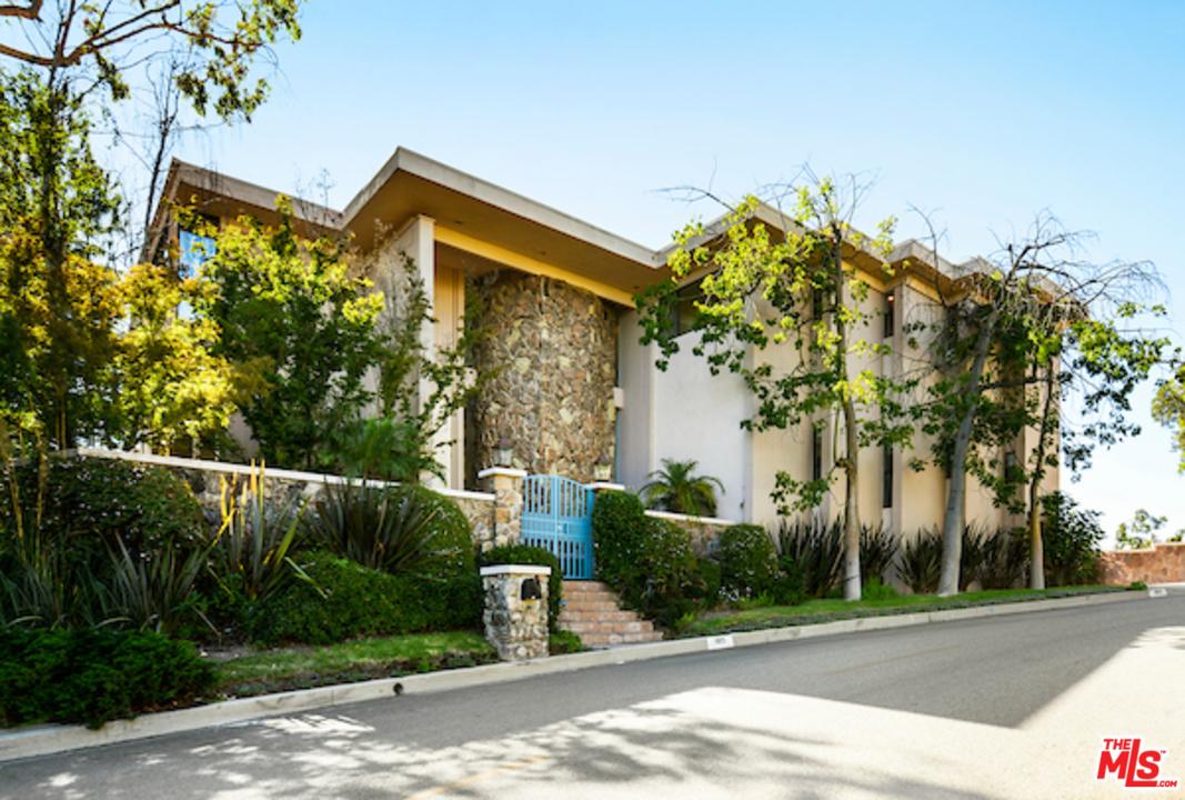1815 RD BEL AIR, Beverly Glen, California