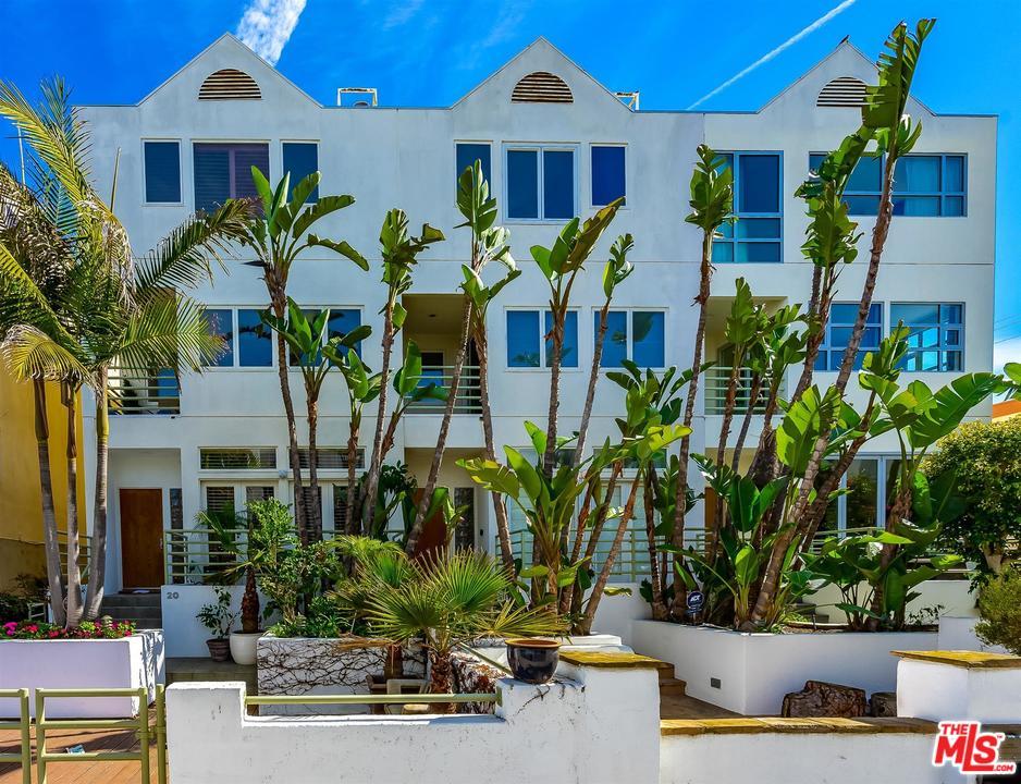 20 ST VOYAGE, Marina Del Rey, California