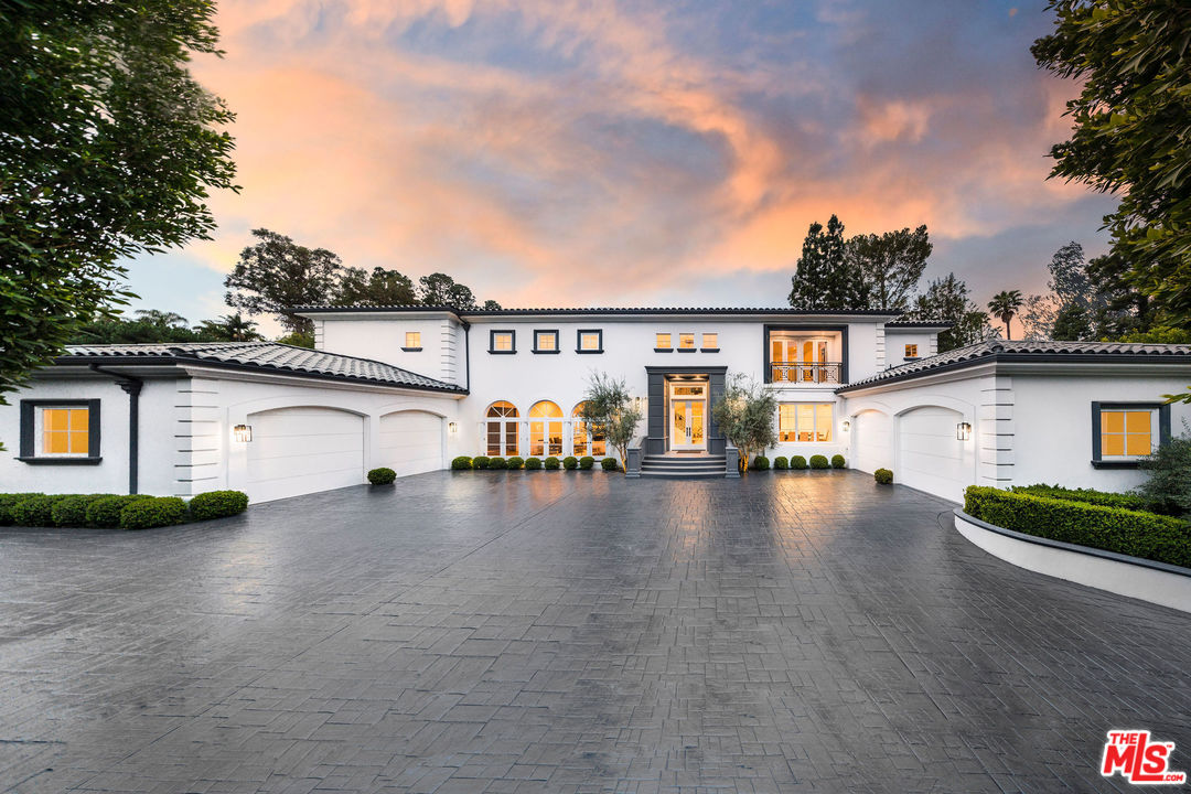 1041 LAUREL Way, Beverly Hills PO in Los Angeles County, CA 90210 Home for Sale