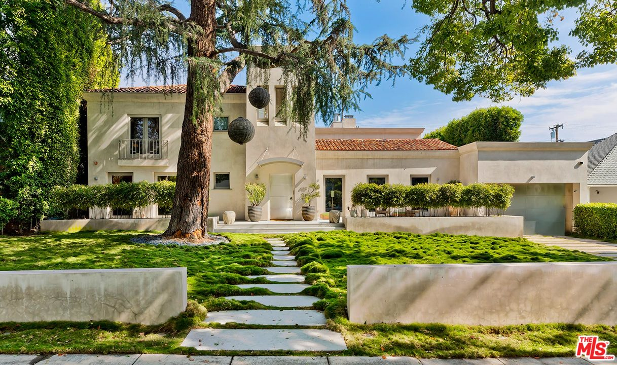 610 North MAPLE Drive, Beverly Hills PO in Los Angeles County, CA 90210 Home for Sale