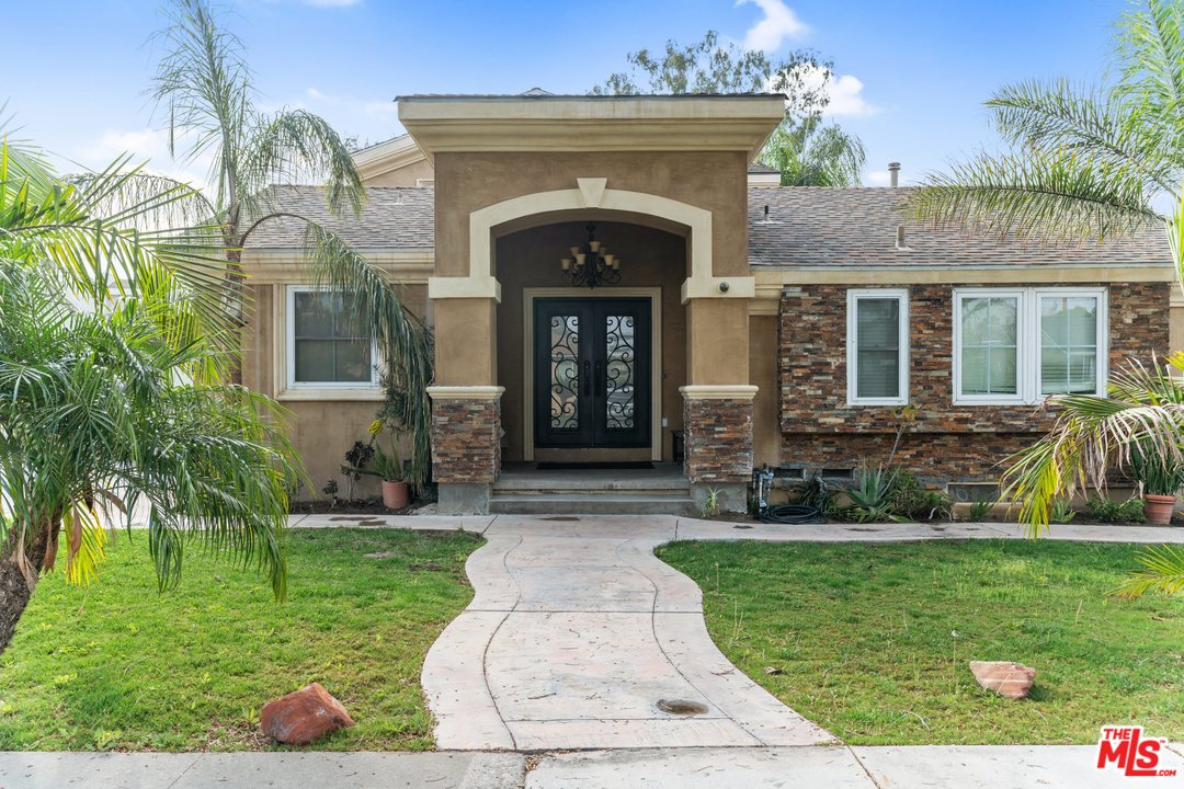 8534 AVE LOWMAN, Downey, California