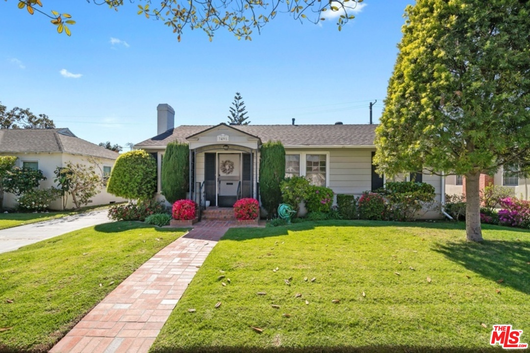 One of Mar Vista 3 Bedroom Homes for Sale at 3491 AVE FEDERAL