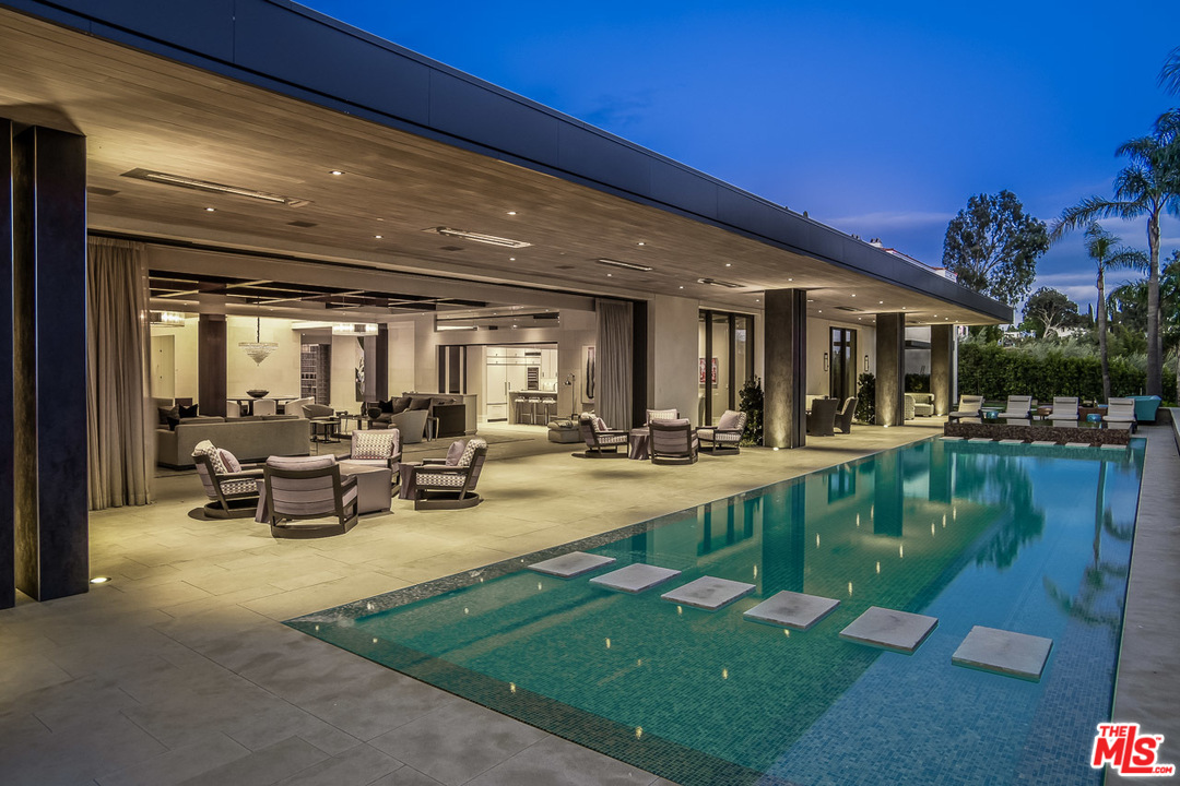 912 North HILLCREST Road, Beverly Hills PO in Los Angeles County, CA 90210 Home for Sale