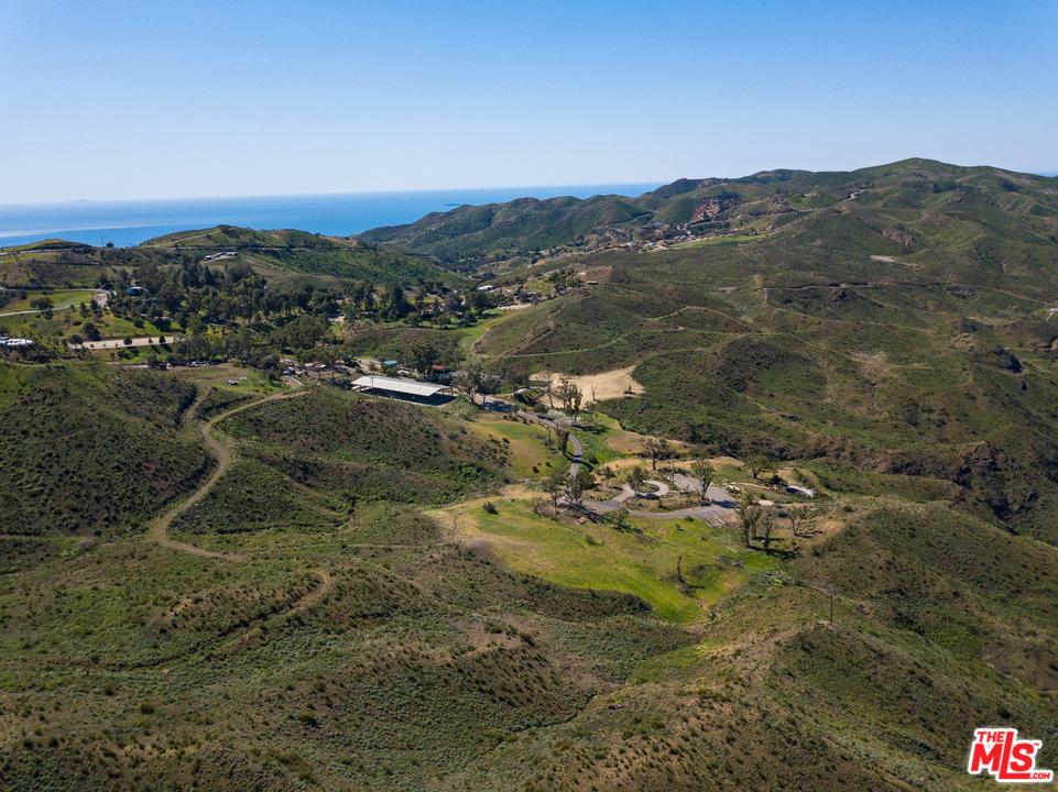 1501 DECKER SCHOOL LANE, Malibu Canyon, California