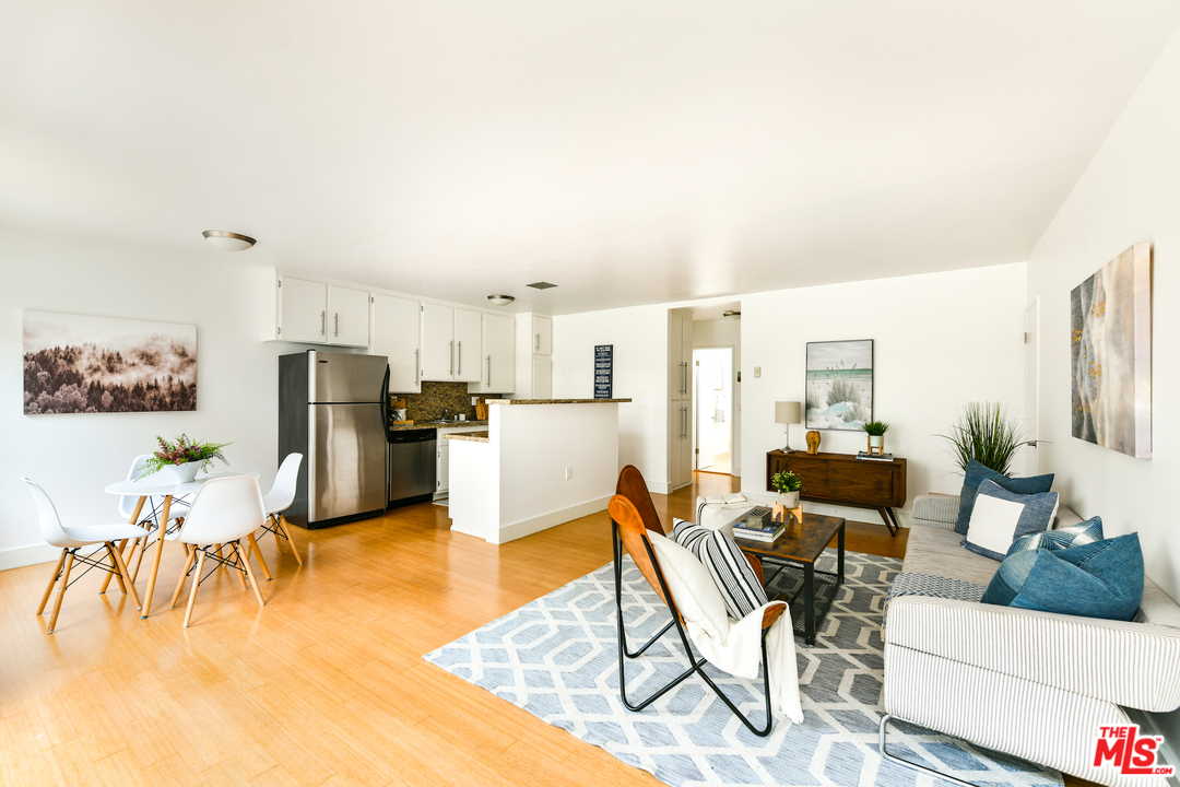 12724 AVE CASWELL, one of homes for sale in Mar Vista