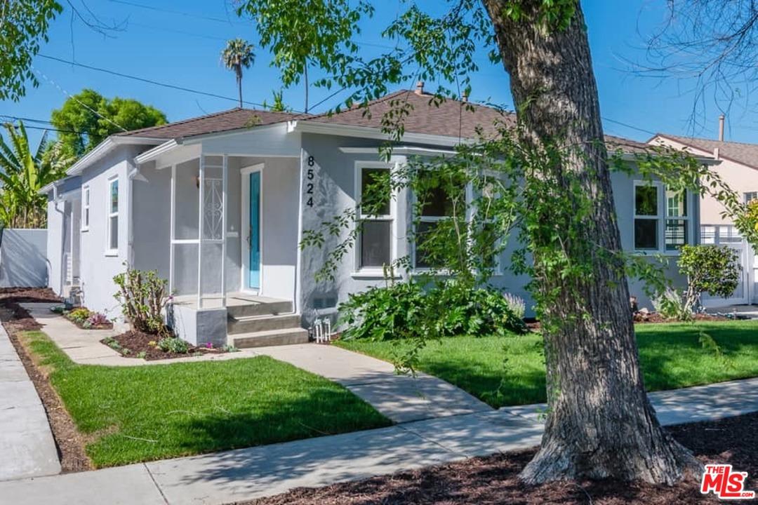 8524 ST HARGIS, Beverlywood, California