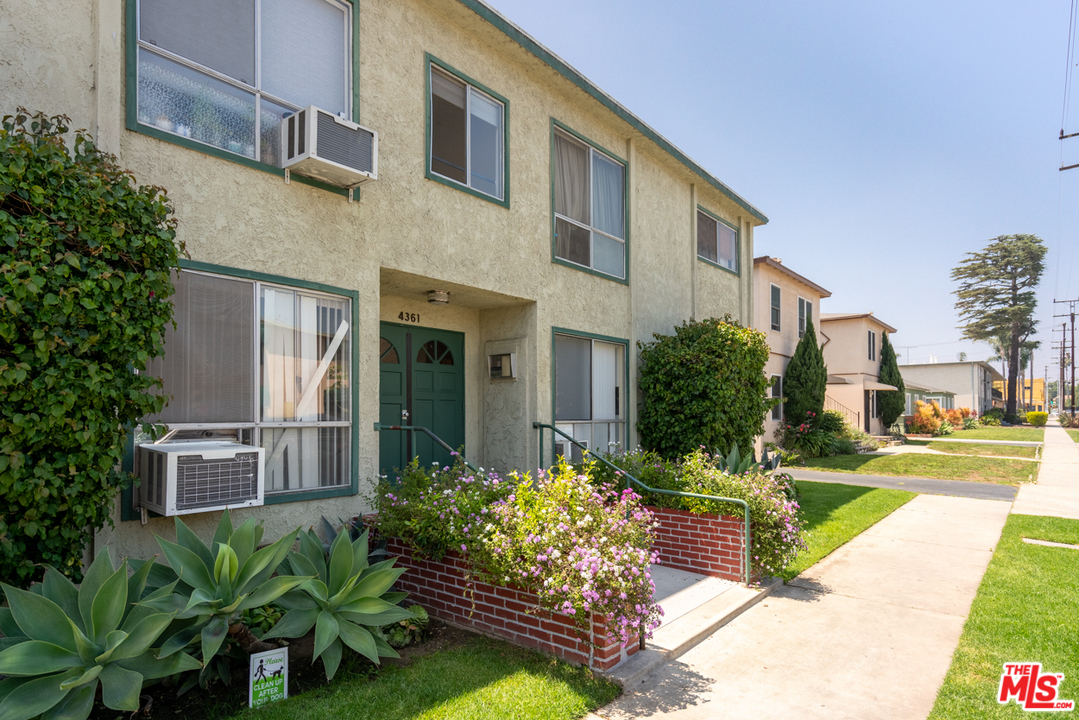 4361 AVE BERRYMAN, one of homes for sale in Mar Vista