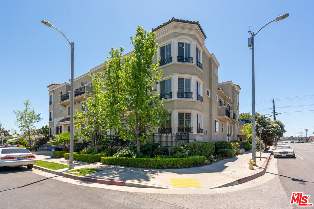 3501 AVE TILDEN, one of homes for sale in Cheviot Hills