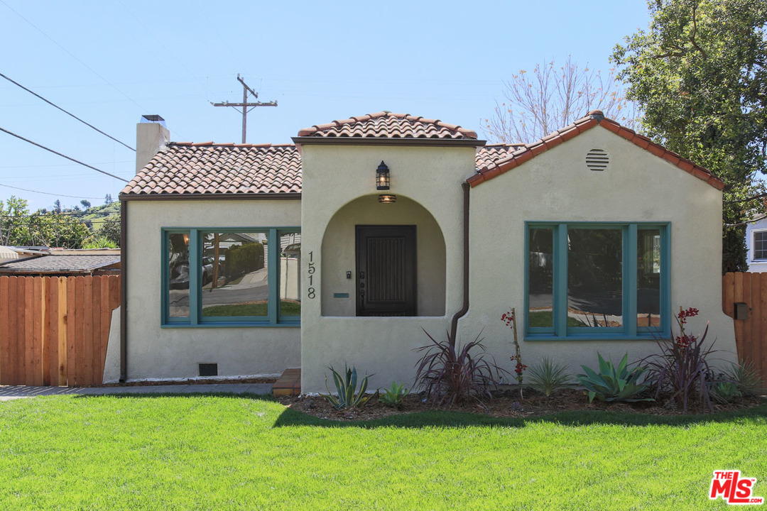 1518 ST E HARVARD, one of homes for sale in Glendale