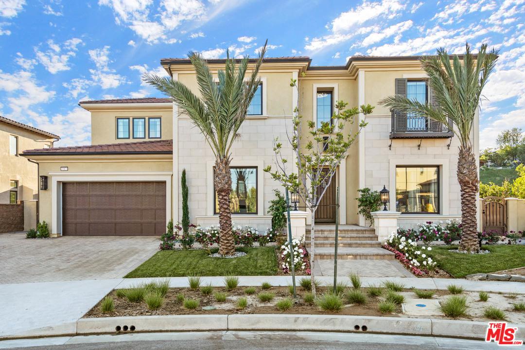 10971 DR Cartwright, Chatsworth, California