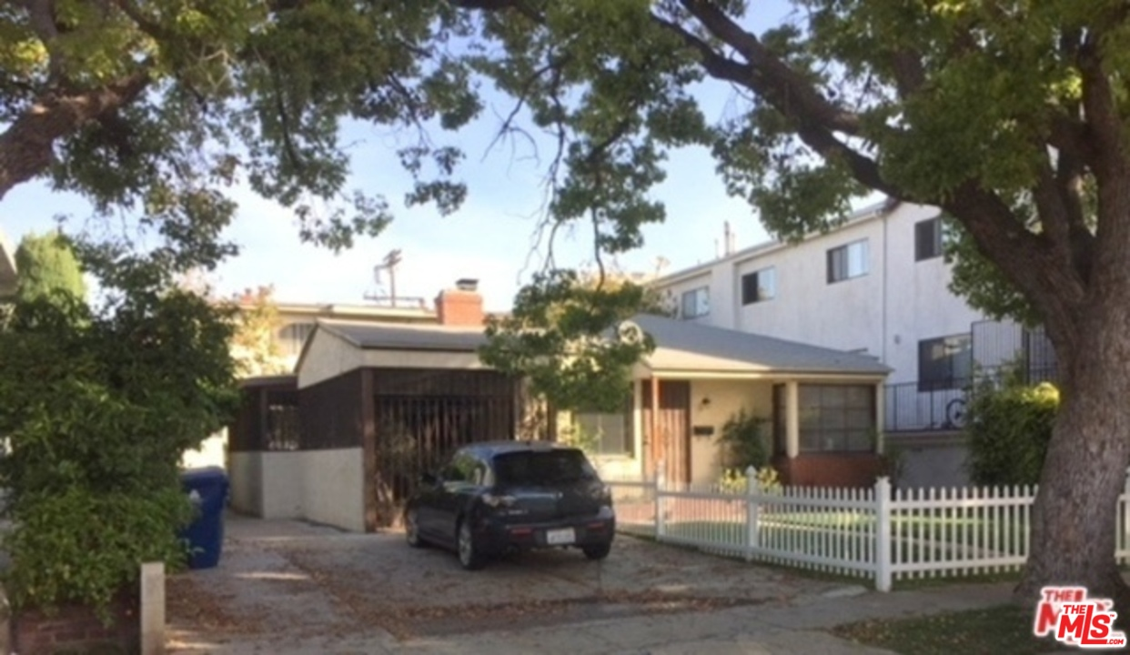 12747 AVE MITCHELL, one of homes for sale in Mar Vista
