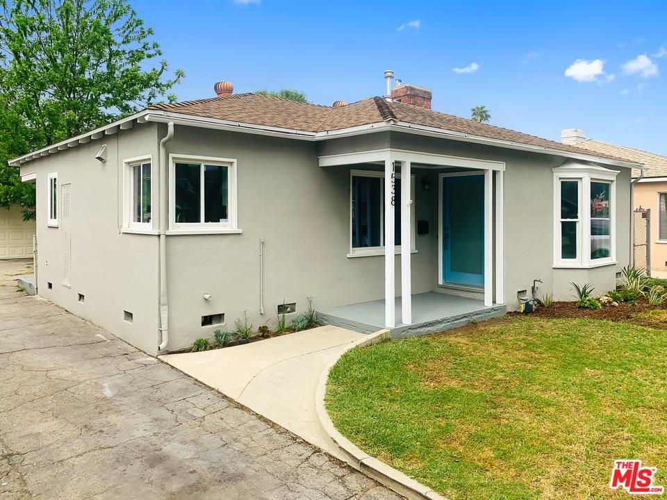 1538 ST LAKE, Glendale, California