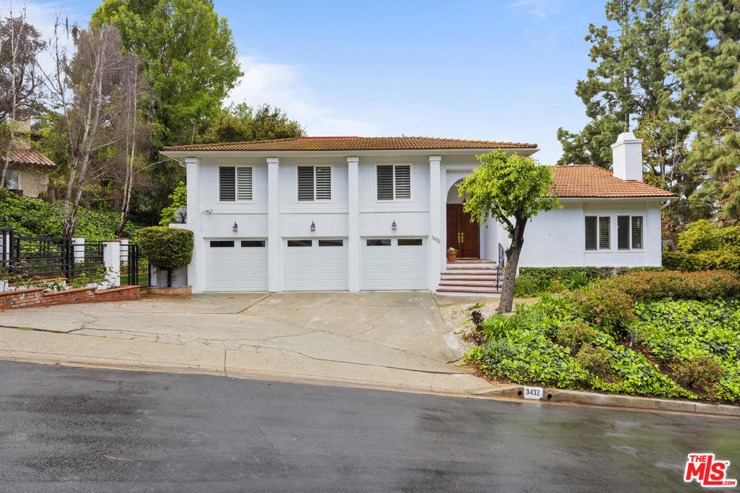 3432 PL CLAIRTON, Encino, California