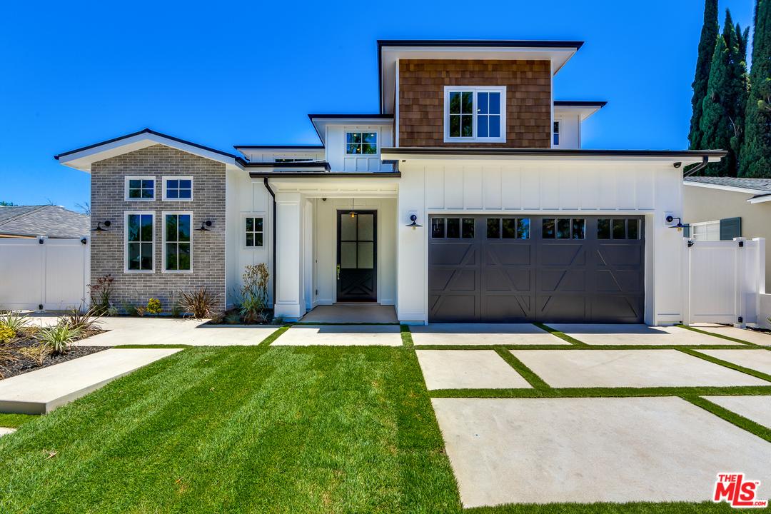 16700 ST ADDISON, Encino, California