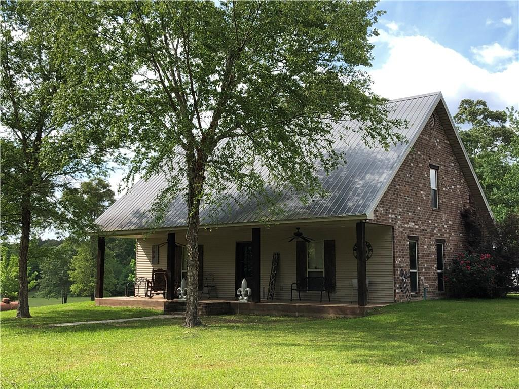 447 E River Road Glenmora, LA 71433
