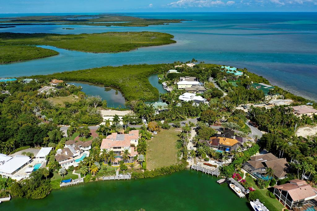 25 Cardinal Lane, one of homes for sale in Key Largo