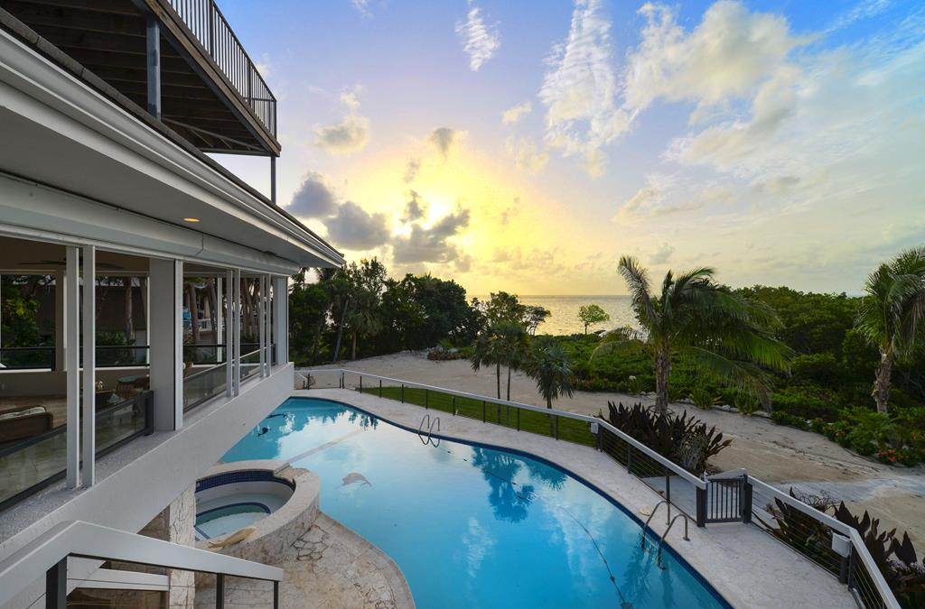 19 Sunrise Cay Drive, Key Largo, Florida