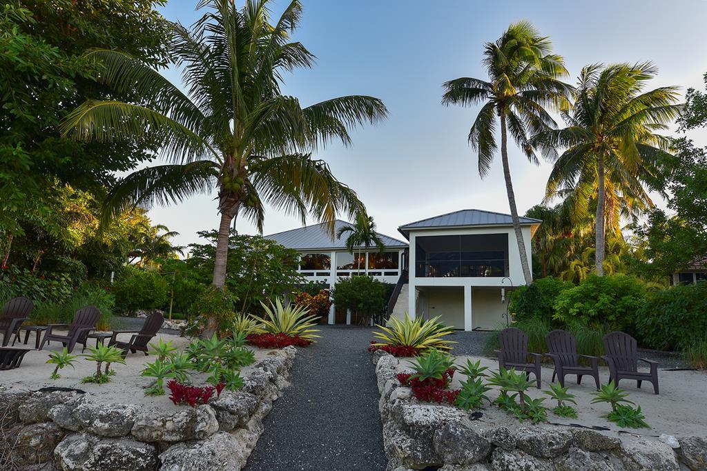 19 North Pelican Drive, Key Largo, Florida