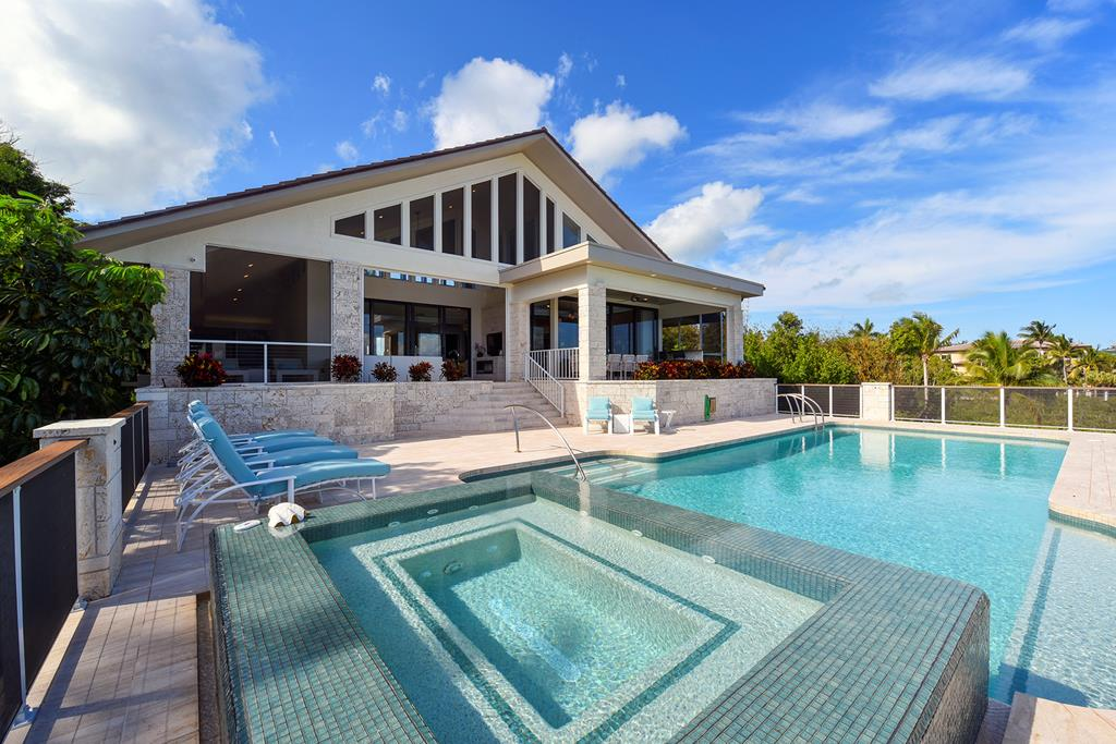 11 Sunrise Cay Drive, Key Largo, Florida
