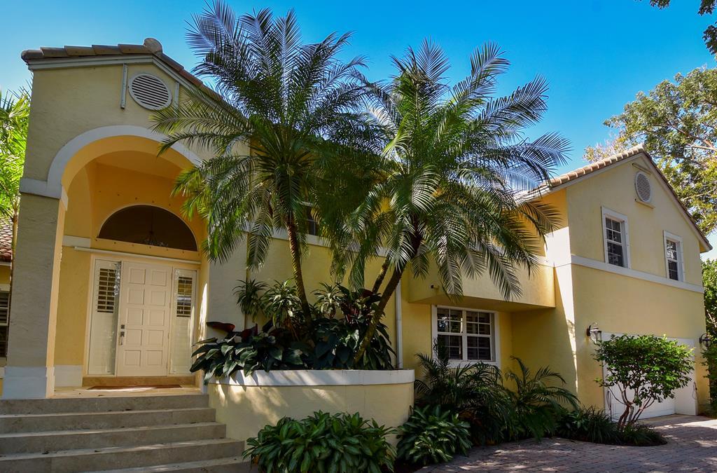 24 Cinnamon Bark Lane, Key Largo in Monroe County, FL 33037 Home for Sale