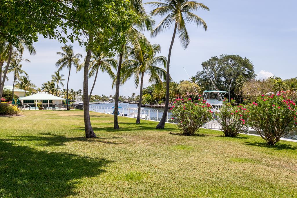 16 Anchor Drive, Key Largo in Monroe County, FL 33037 Home for Sale