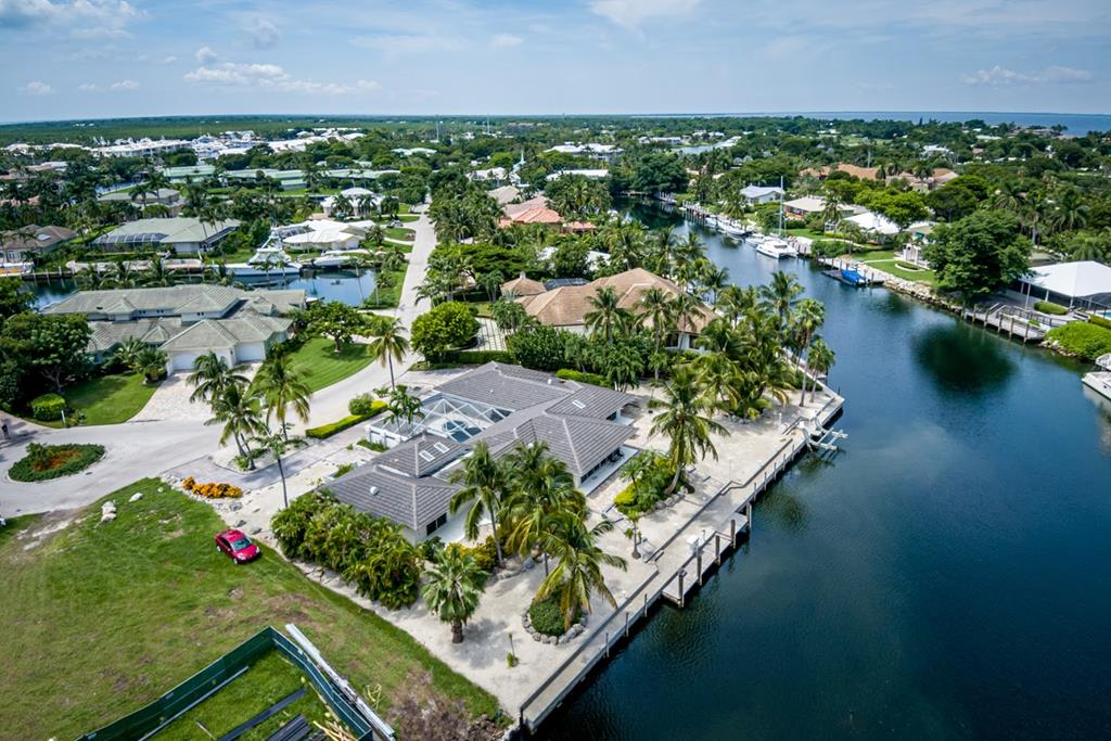37 Island Drive, Key Largo in Monroe County, FL 33037 Home for Sale