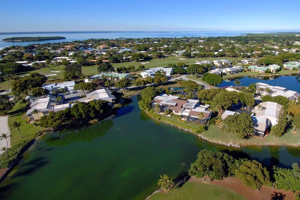 44 Lakeside Lane, Key Largo in Monroe County, FL 33037 Home for Sale