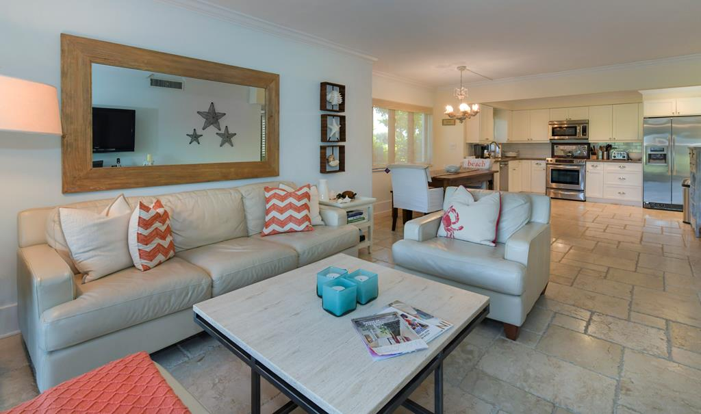 28 Lakeside Lane, Key Largo in Monroe County, FL 33037 Home for Sale