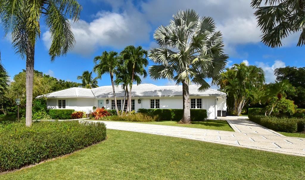 18 & 16 Country Club Road, Key Largo in Monroe County, FL 33037 Home for Sale