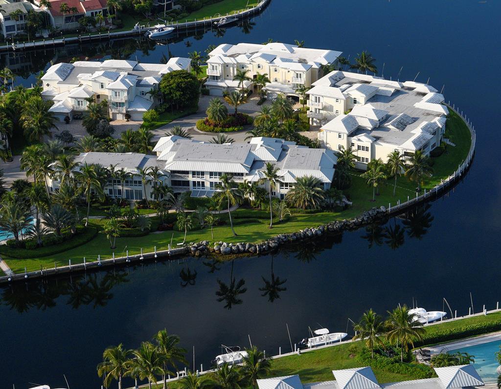 32 Marlin Lane, Key Largo in Monroe County, FL 33037 Home for Sale