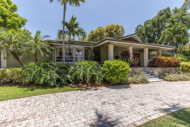 6 Harbor Ln, Key Largo, FL 33037