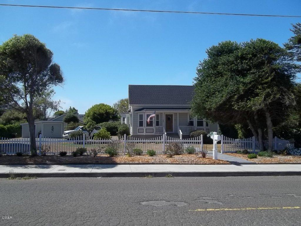 822 E Laurel St, Fort Bragg, CA 95437