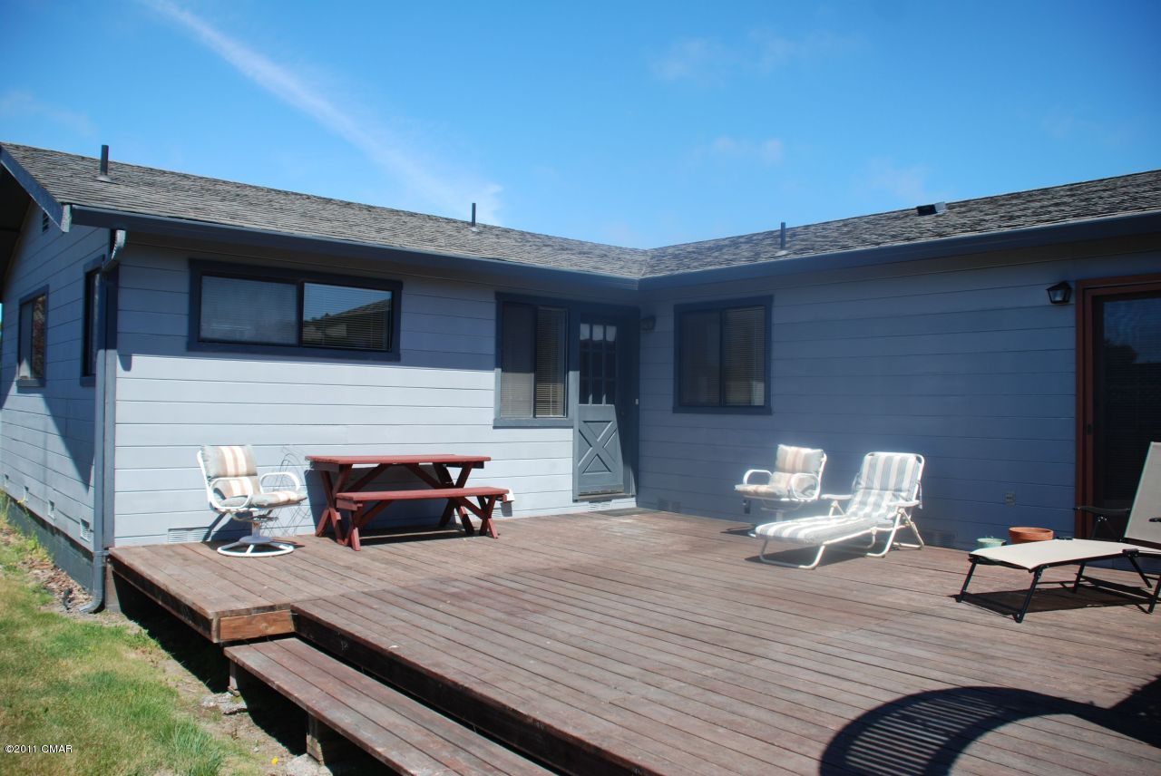 191 Jewett St, Fort Bragg, CA 95437