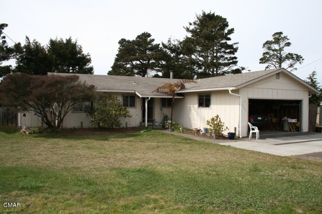 25000 Ward Ave, Fort Bragg, CA 95437