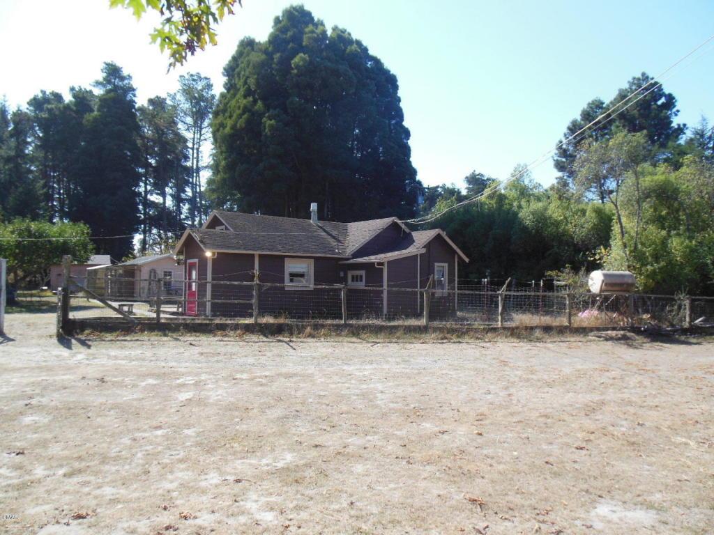 31451 Sherwood Rd, Fort Bragg, CA 95437