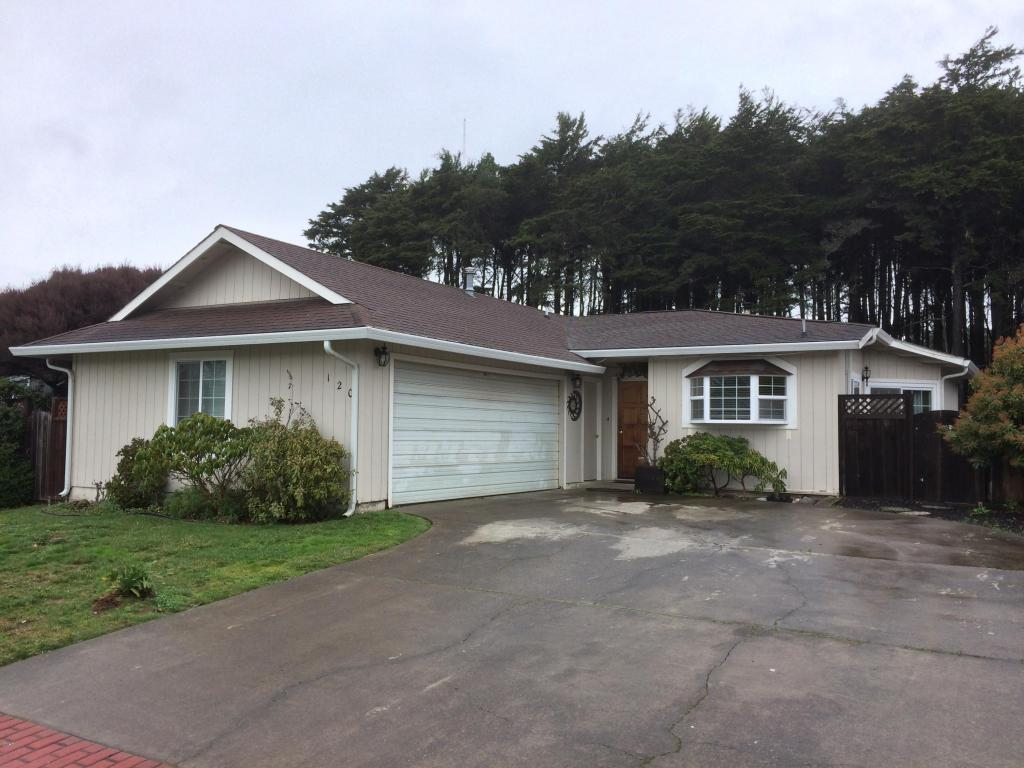 Photo of 120 Hocker Ln  Fort Bragg  CA