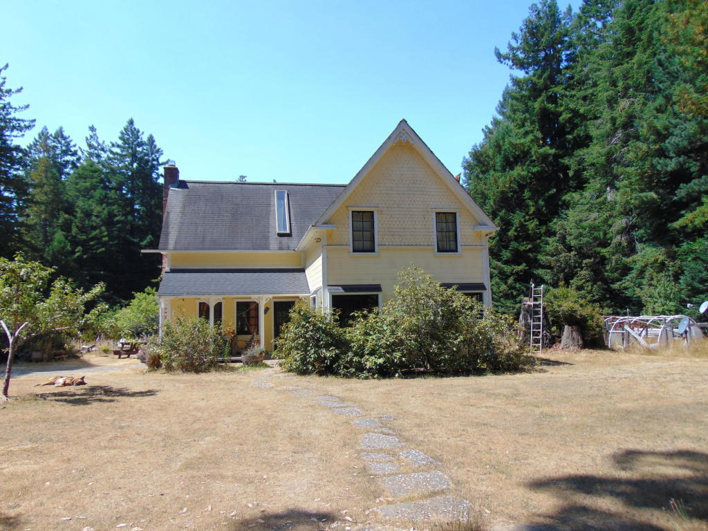 Photo of 8261 Outlaw Springs  Mendocino  CA