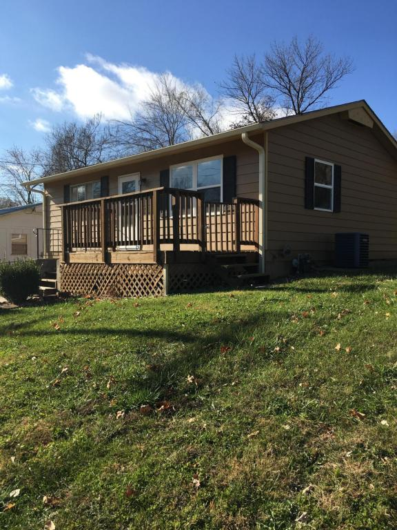 Photo of 205 S LINCOLN AVE  Marshall  MO