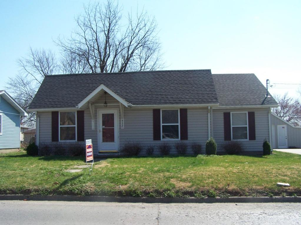 Photo of 632 W College ST  Marshall  MO