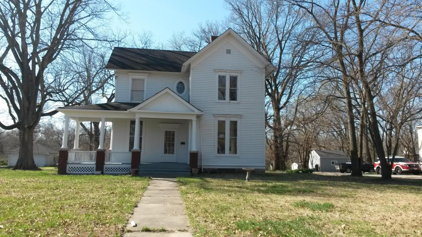 Photo of 540 E Eastwood ST  Marshall  MO