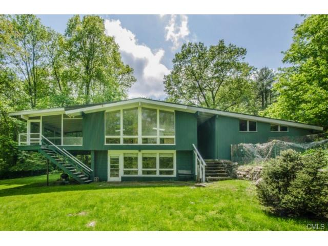 37 Stonehenge Rd, Weston, CT 06883
