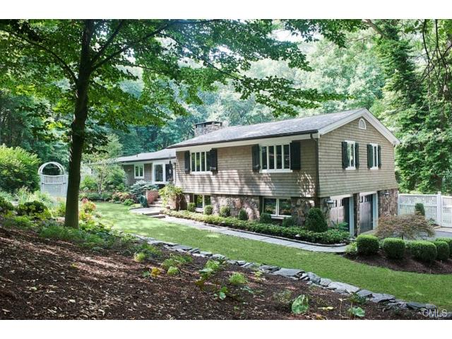 20 Birch Hill Rd, Weston, CT 06883