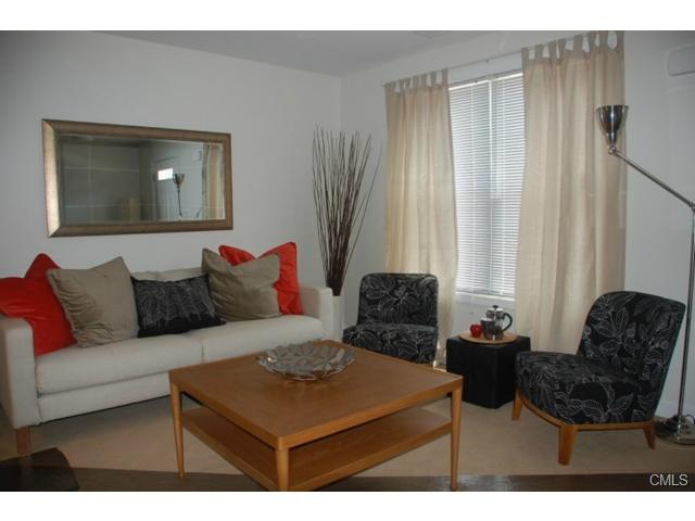 Rental Homes for Rent, ListingId:22621175, location: 74 Fairgate DRIVE Stamford 06902