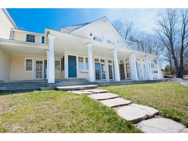30 Zoar Rd, Sandy Hook, CT 06482