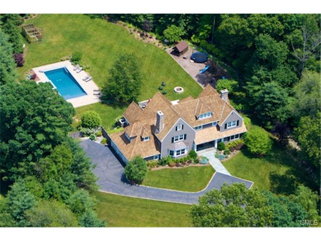 25 Twin Walls Ln, Weston, CT 06883