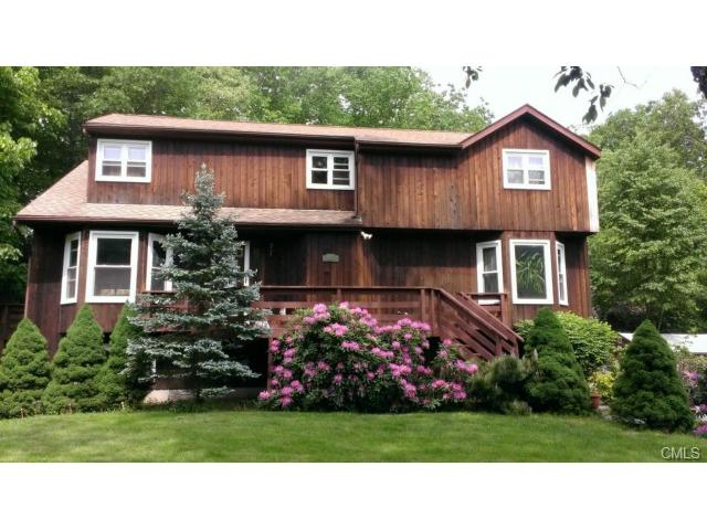561 Danbury Rd, Wilton, CT 06897