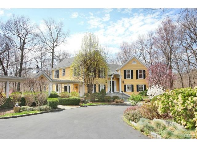 37 Alwyn Ln, Weston, CT 06883