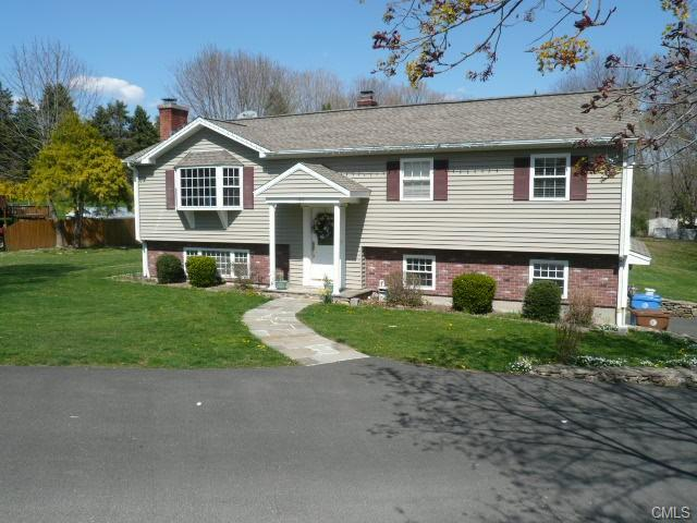 101 Maple Ave, Shelton, CT 06484