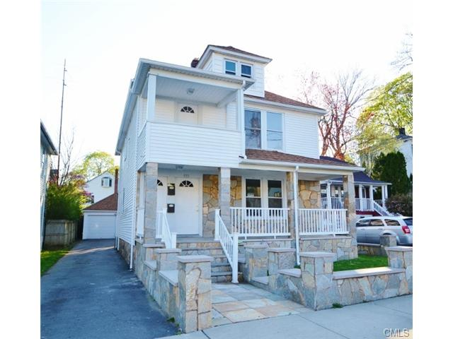 991 Lindley St, Bridgeport, CT 06606